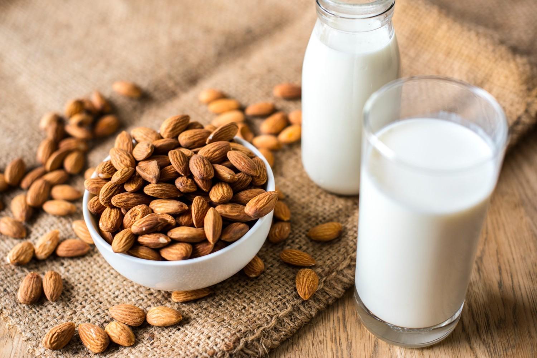 leche de almendras casera